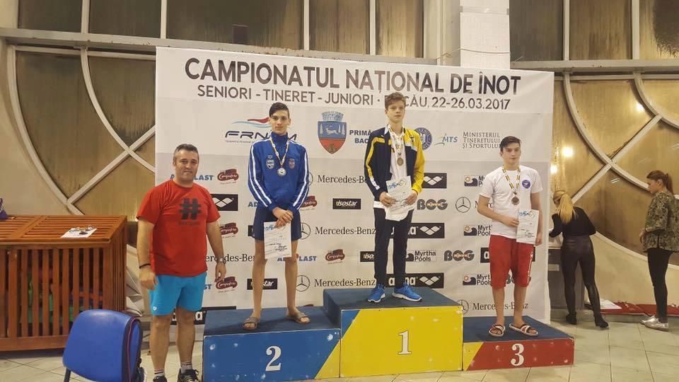 4 medalii pentru înotătorii din Mioveni la Campionatul Național de la Bacău