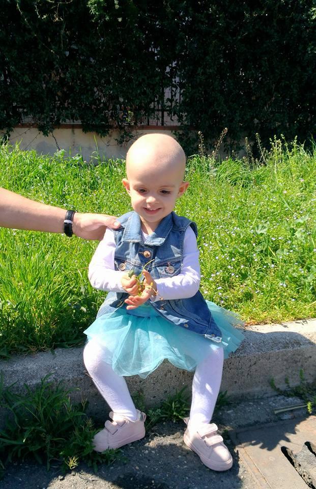 Isabela a fost operata – Urmeaza 9 luni de tratament dar medicii sunt optimisti