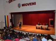 Mari actori ai scenei românești vin la Mioveni!