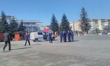 Astazi, zeci de politisti si cu arme si masinile din dotare, in centrul Mioveniului