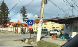 Traficul rutier a devenit IMPOSIBIL la Curtea de Argeş