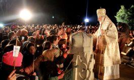 Peste 10.000 de credinciosi asteptati la Manastire  - Slujba de Inviere, LIVE la PRO TV