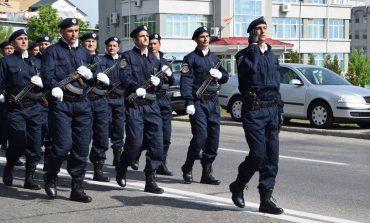 Jandarmii cu pustile pe umar au defilat prin Pitesti