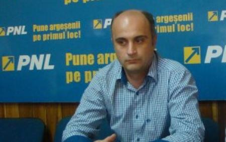 Radu Perianu este preşedintele PNL Piteşti