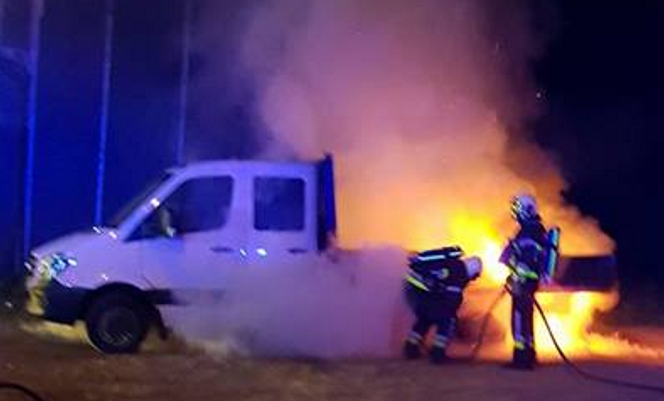 EXCLUSIV ! Noapte de groază pentru 10 argeşeni in Belgia ! Masina incendiata, sirieni banuiti
