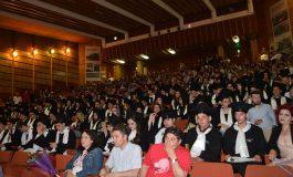 Pentru ei a sunat ultimul clopotel - Elevii de la Iulia Zamfirescu au absolvit