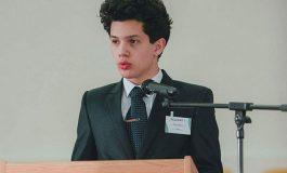 Un elev din Arges a fost numit astazi ministru