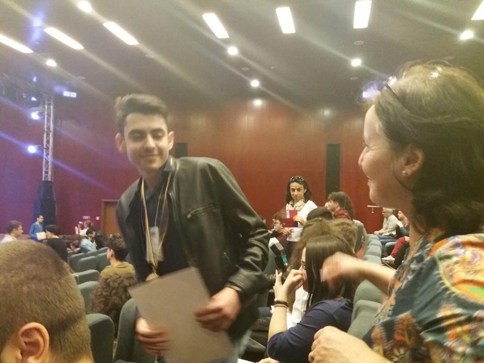 """NE MÂNDRIM CU EI ! Andrei Costin Zamfira de la Colegiul """"Vlaicu Vodă"""", medalie de bronz la Olimpiada Națională de Informatică"""