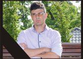 Râuri de lacrimi la sicriul lui Daniel Diaconescu - Tânărul va fi înmormântat joi