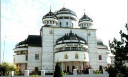 Astazi - Hram la Catedrala din Mioveni - Calinic va oficia o slujba speciala