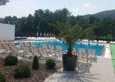 VEDETA PRO TV, relaxare la piscina din CORBI