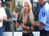 Blonda BEATA a scapat de PUSCARIE