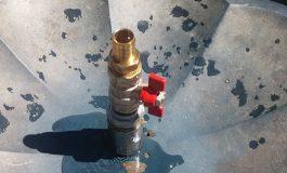 VIDEO INCREDIBIL! In plina CANICULA, fara apa - IERI au reparat cismeaua, azi nu mai merge!