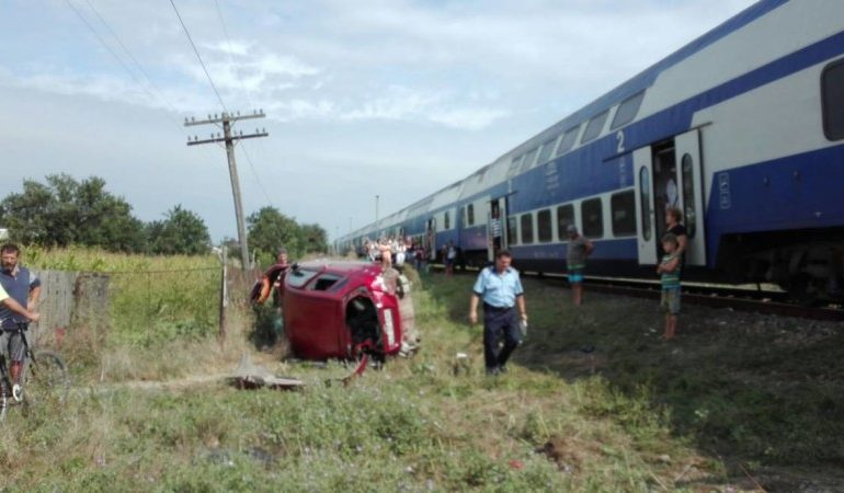 TRAGEDIE pe calea ferată: O mamă și cei 3 copii ai săi ucisi de tren – A fost lasat un bilet de ADIO
