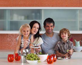 Alimentaţia sănătoasă pentru copiii şcolari – sfatul medicului nutriţionist