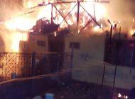 Incendiu in Arges! Casa facuta scrum!