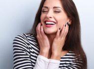 6 obiceiuri sănătoase pentru a avea dinţi albi, fără pete