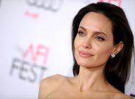 Angelina Jolie, într-o relaţie cu un om de afaceri francez