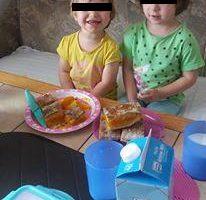 EXCLUSIV! O tânǎrǎ mamǎ din Curtea de Argeş e disperatǎ: Copiii i-au fost scoşi ilegal din ţarǎ