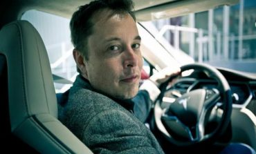 Elon Musk demonstrează de ce majoritatea oamenilor greşesc atunci când se prezintă la angajator cu un CV mai lung de o pagină
