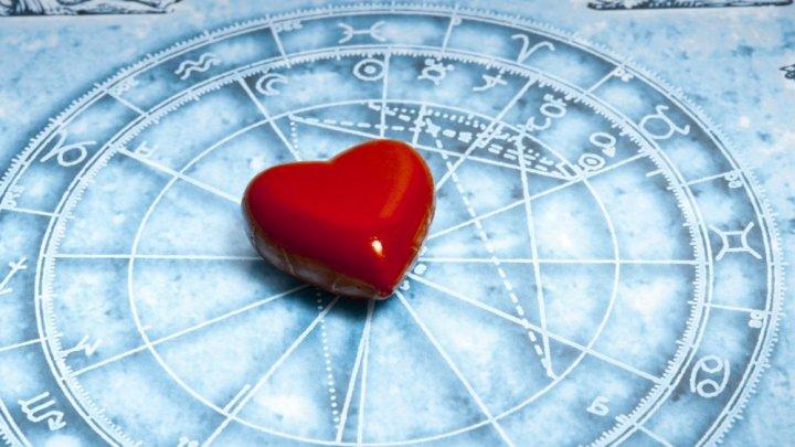 HOROSCOP: Două zodii încep o poveste de dragoste interzisă