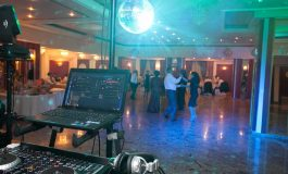 Vrei o petrecere reuşită ? Apelează la un DJ profesionist ! REZERVA ACUM