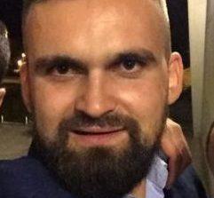 POLITIST de 32 de ani MORT pe  strada