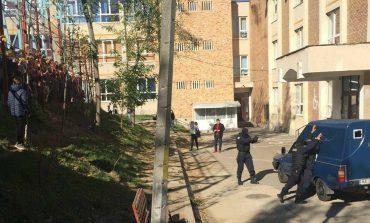 VIDEO! Jandarmii, interventie la o scoala din Arges