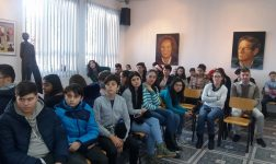Elevii argeseni au invatat despre restaurare la Muzeul Municipal