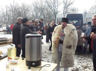 Ignatul la Muzeul Golești - Tăierea porcilor se face în scop caritabil