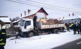 Un camion de la CASA TA a rupt o conducta de gaze