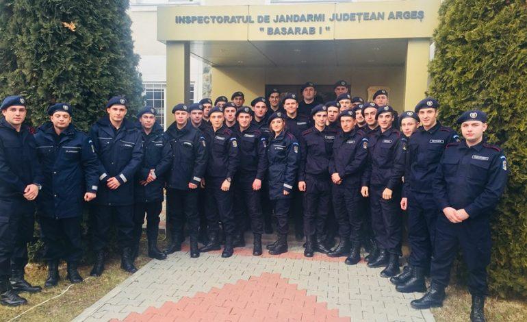 VIDEO! Jandarmii argeseni au colegi noi