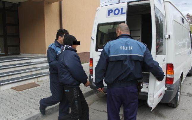Batran acuzat de furt, cercetat de politie
