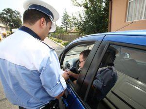 Politistii din cadrul Serviciului Rutier Arges au aplicat 153 de sanctiuni contraventionale