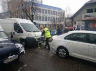ACUM ! VIDEO Accident pe Bulevardul Basarabilor