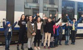 """CFR invita copiii la """"Scoala altfel"""" … în tren !  Mentinerea traseului Curtea de Arges - Pitesti a facut posibila aceasta initiativa"""