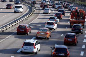 Decizia care va provoca un scandal uriaș: Ce trebuie să știe proprietarii mașinilor euro 2, 3 sau 4