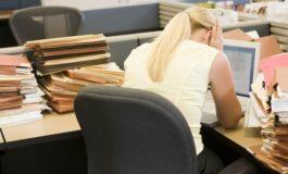 Deputatii au adoptat reguli noi pentru tinerea evidentei orelor de lucru