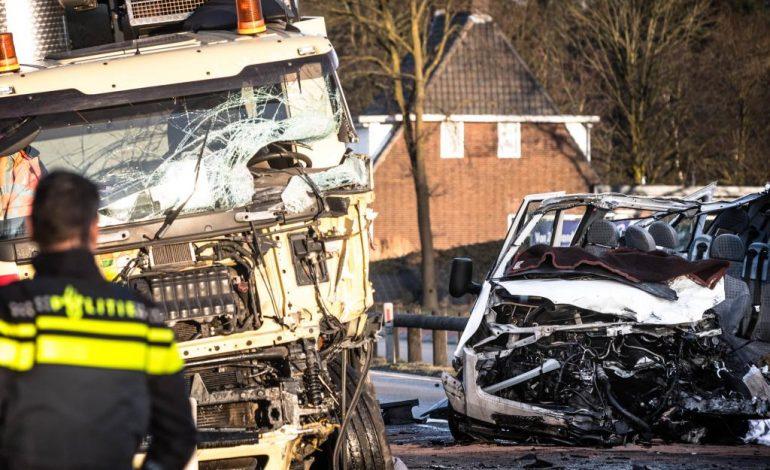 TRAGEDIE IN OLANDA ! Cinci români morţi şi trei răniţi intr-un grav accident ATENTIE IMAGINI SOCANTE