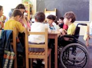 Atenţie părinţi!Copiii cu handicap din şcolile normale, trebuie să primească bani de la bugetul local