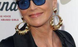 La 60 de ani, Sharon Stone arată ca la 40. Află trucurile ei de beauty