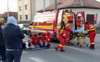 ACCIDENT CURTEA DE ARGES - Fetiţă de 12 ani lovita de o dubă