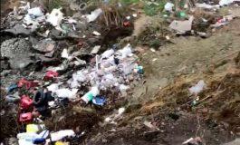 VIDEO ALERTA ! Alo, Garda de Mediu ! Groapa de gunoi se extinde in zona Tarnita din Curtea de Arges