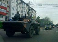Coloana militara a tranzitat Curtea de Arges - Militarii argeseni continua pregatirile