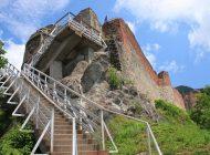 EXCLUSIV ! Deşi PRODUCE peste 100.000 Euro anual, C.J. Argeş NU INVESTEŞTE 1 leu la Cetatea Poienari