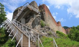 RUŞINE! Şefimea judetului a decis: Cetatea Poienari ramane inchisa turistilor !