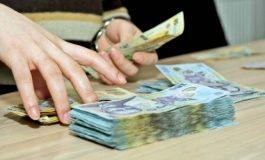 VI SE PAR MARI şi MERITATE ? Uite ce salarii încasează lunar oamenii din Primărie - Panţurescu, 123 milioane lei vechi