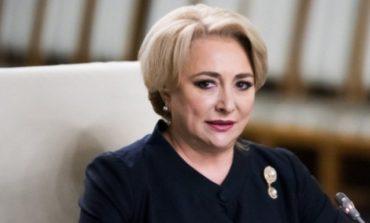 Viorica Dăncilă recunoaşte ca nu a raspuns presedintelui Iohannis: Inițial nu am răspuns, eram la Simfonia Lalelelor !