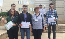 VIDEO ! Performanţă de excepţie ! Andrei Zamfira de la Colegiul Vlaicu Vodă, bronz la Olimpiada Naţională de Informatică