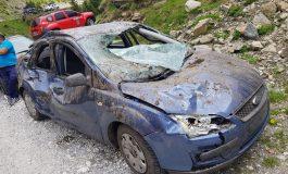 VIDEO si FOTO ! Uite cum arata cele doua masini surprinse de avalanșă